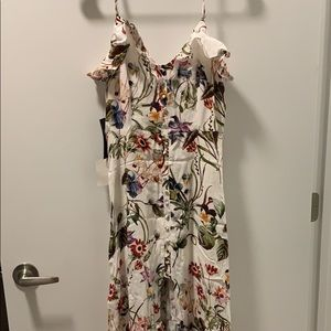 Lulus M White Floral Maxi (New)